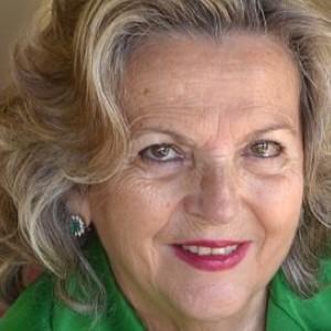 María del Carmen Gacto Fernández